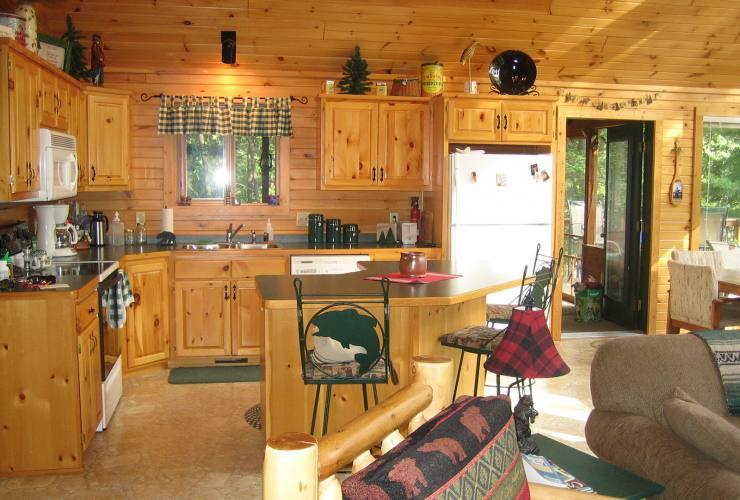 Дома из кедра: плюсы и минусы